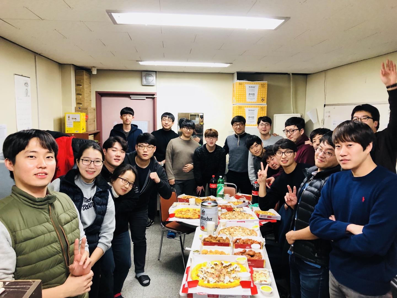 2017.12.29 송년회 단체 1.jpg